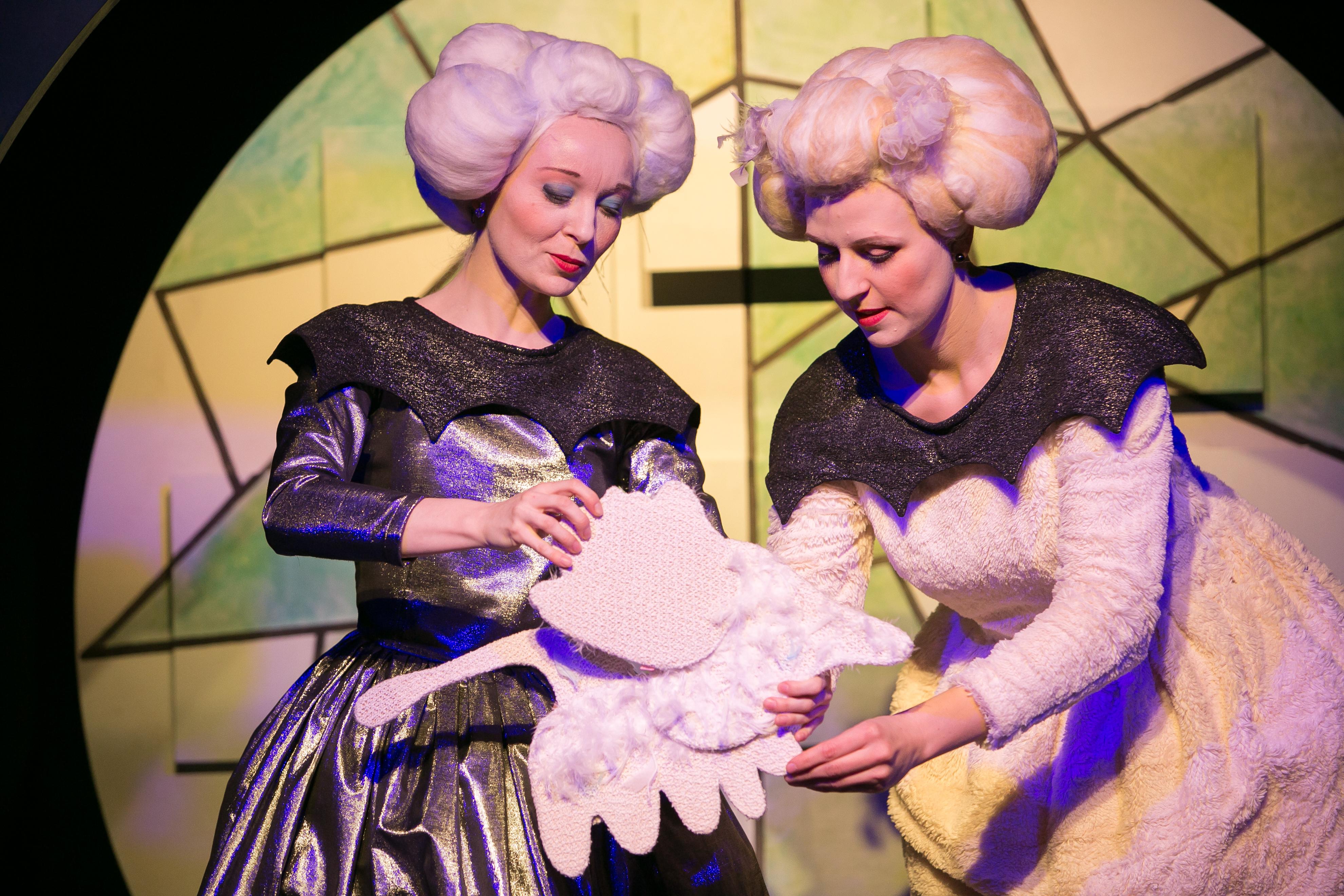 NUKU teater alustab uut hooaega Eesti Noorsooteatri nime all