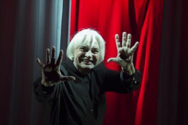 Hea Teatri Auhinna pälvis nukunäitlejanna Helle Laas
