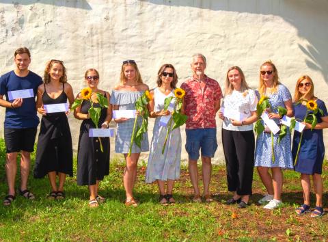 Eesti Noorsooteater jagas hooaja lõpetamisel kolleegipreemiaid