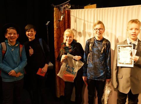 Võitjad Tallinna Lilleküla Gümnaasiumist. Foto: Eesti Lastekirjanduse Keskus